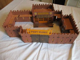 Playmobil Fort Glory vintage 3806, includes spares