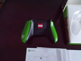 Xbox One Minecraft Creeper Wireless Controller