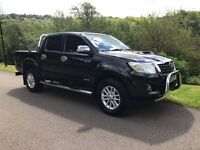 TOYOTA HILUX INVINCIBLE (TOP SPEC) CHROME PACKAGE FULLY LOADED