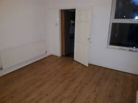 3 bedroom mid terrace house for rent