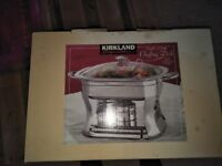 KIRKLAND SIGNATURE 4 QUART / 3.7 L CHAFFING DISH £30