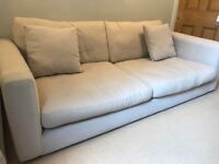 Large 4 seater sofa 🛋 - very comfortable