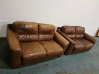 BROWN MODERN DESIGNER ITALIAN LEATHER SET 2 SEATER SOFAS / LOUNGE SUITE / SETTEE DELIVERY AVAILABLE