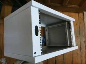 """6U Wall Mount 19"""" Rack Cabinet Collect Only PR9 60 x 40 x 33cm"""