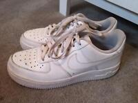 White Air Force size 5.5