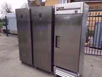 UPRIGHT FASTFOOD COLD FRIDGE MACHINE COMMERCIAL CATERING CANTEEN SHOP TAKEAWAY DINER PUB CAFETERIA