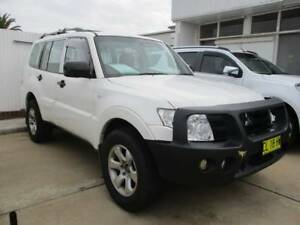 2011 Mitsubishi Pajero GL NT Auto 4x4 MY11 Young Young Area Preview