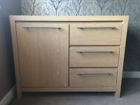 Oak sideboard and coffe table