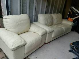 3 seater settee and single leather cream chair