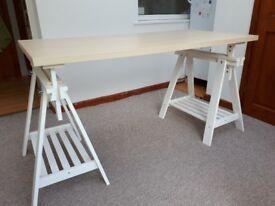Table height adjustable table