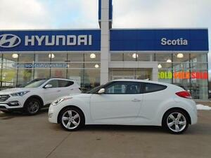 2012 Hyundai Veloster Manual ONLY $107* Bi-weekly ONE OWNER