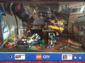 Lego City 60069 and 60067 display case