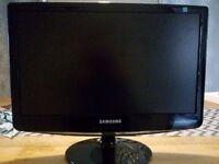 19'' Samsung computer monitor