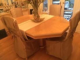 Large extending Dining Room Table and 4 Chairs