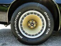 Miniature 23 Voiture Américaine de collection Pontiac Trans Am 1979