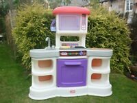 Little Tikes Gourmet Kitchen