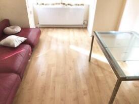 2 Bedroom Flat in Uxbridge £1,100 per month