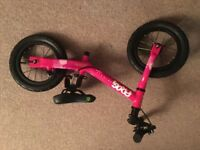 'FROG' girls balance bike