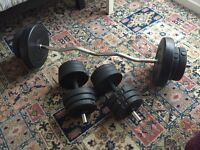 BRAND NEW 40KG WEIGHT SET (BETHNAL GREEN-PICK UP ONLY)