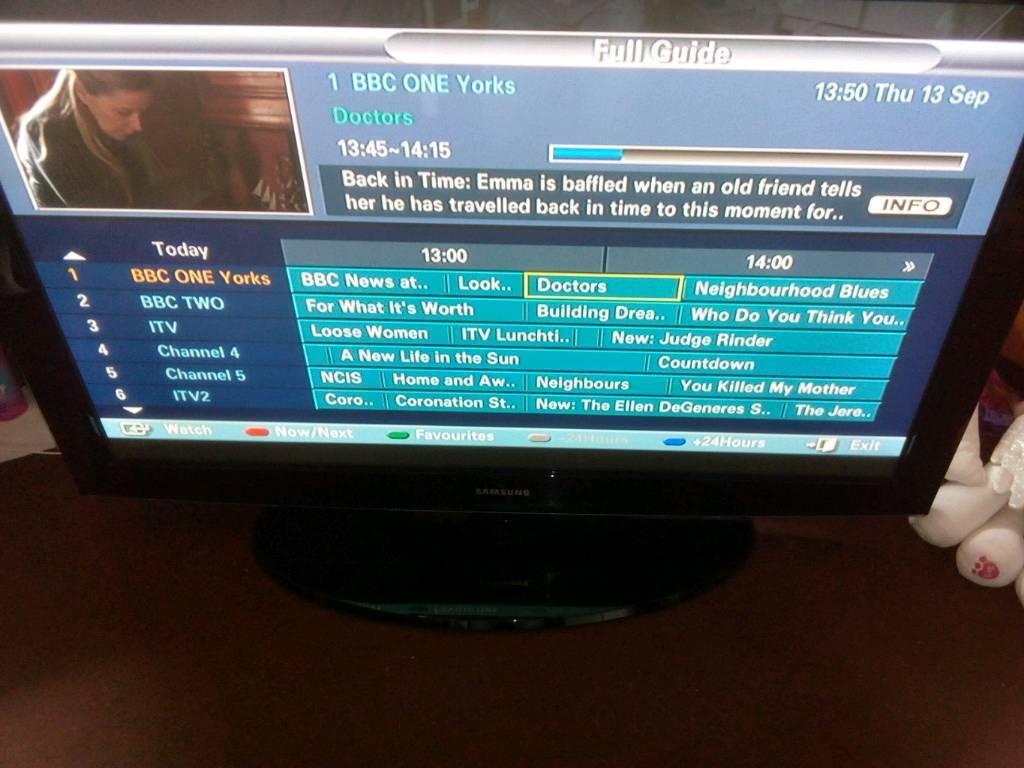 """SAMSUNG 42"""" PLASMA TV TELEVISION FAULTY SPARES OR REPAIR BROKEN TV"""