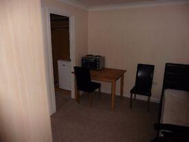 Studio room to rent