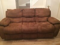 Harvey's 3 piece suite Very good condition from smoke and pet free home
