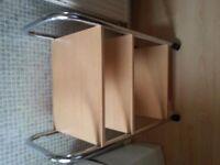 3 Shelves Table .