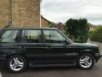 Range Rover P38 4.6 HSE V8. MOT until 24th January. Ideal winter car. Has had a full engine rebuild.