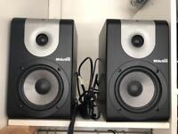 Alesis studio monitors M1 520 Active.