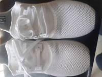 Adidas trainers size uk7