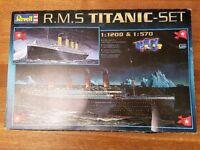 RMS Titanic 1:1200 & 1:570 model kit set