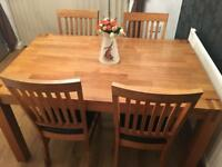Lovely Solid Oak Table & Four Matching Chairs