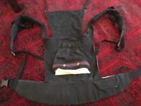 Ergo Baby Carrier Original with new born Insert