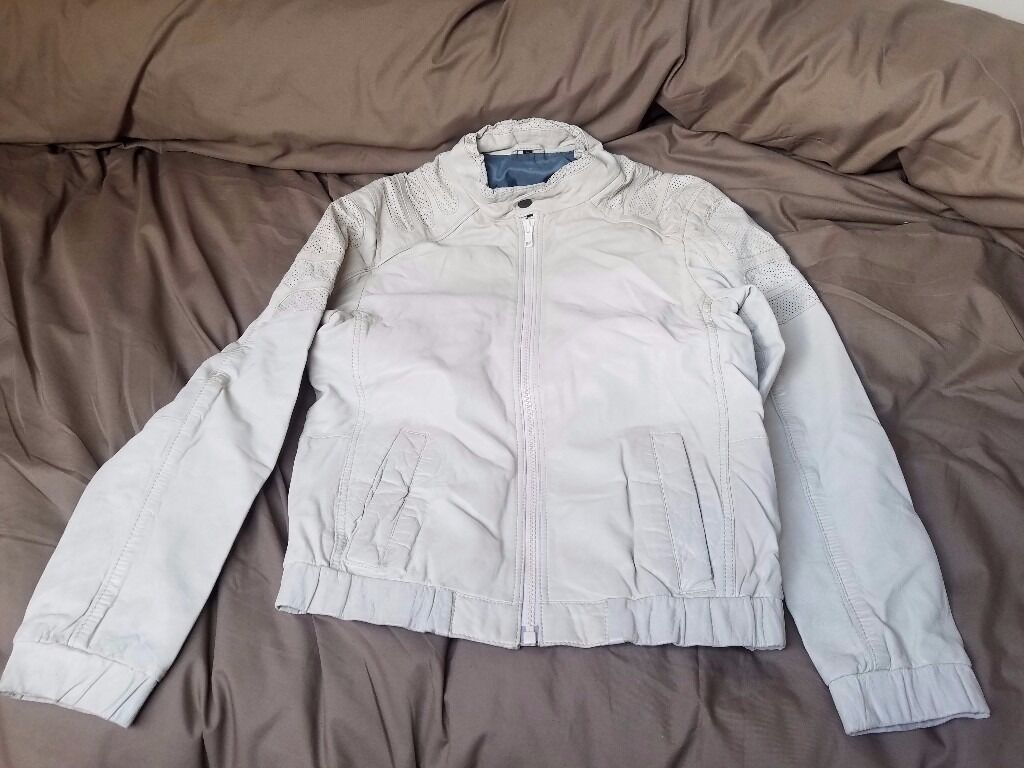 Freaky Nationa White Leather Jacketsmallin York, North YorkshireGumtree - Hello, For sale is my Freaky Nation White Leather Jacket. In the jacket it says its a size medium but its definitely a size small in reality. There is a little bit of leather come off from 1 of the sleeves as pictured. Item is used so its not in...