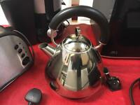 Kettle toaster and juicer