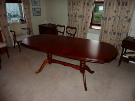 Rossmore Vermont Cherry extendable dining table + 6 antique dining chairs