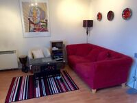 Top Floor 2 bed apartment (plus study/box room) in Hulme
