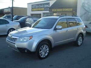 2011 Subaru Forester 2.5 X LIMITED! PANORAMIC ROOF!