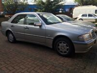Mercedes Benz Diesel C250. Low Genuine Miles. New MOT. Drives Beautifully.