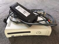 Xbox 360 with all leads( no controllers)