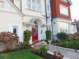 A good sized unfurnished one bedroom first floor flat in Hove, located on New Church Road.