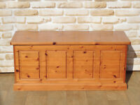 Blanket chest / Toy box (Delivery)