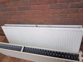 2 white radiators 600x1400