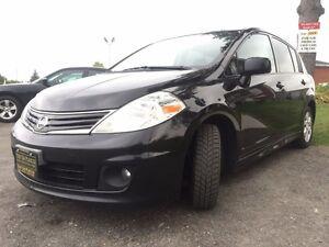 2010 Nissan Versa SL-$35/Wk-Sunroof-Bluetooth-iPod/AUX/CD-Hatchb London Ontario image 4