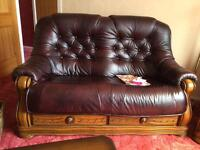 5 piece. ! Leather two seater suite