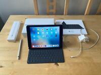 iPad Pro 1st gen 9.7in Apple Pencil Smart Keyboard