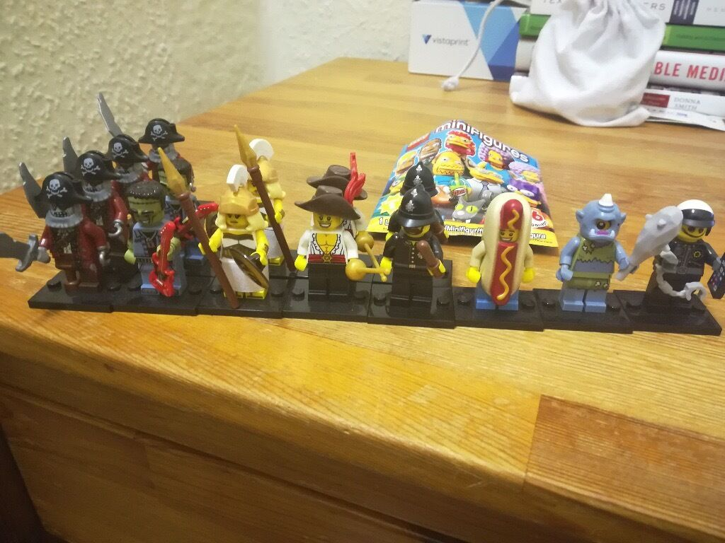 Lego Minifigures - Various Retired Series