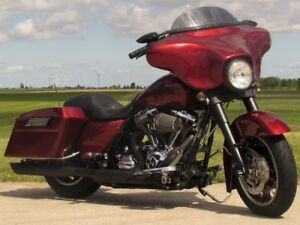 2009 Harley-Davidson FLHX Street Glide   $6,000 in Options  ONLY