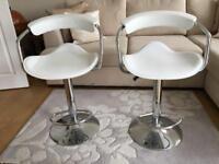 2 x White & Chrome breakfast bar stools