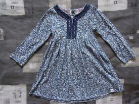 Mantaray dress 4-5 years